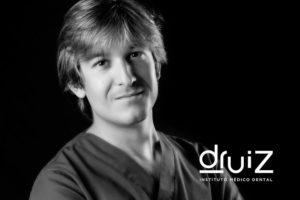 dentista-burgos-alvaro-ruiz-implantologo